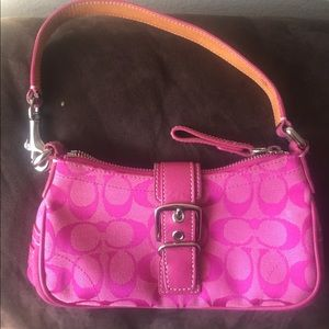 Pink coach .. shoulder purse (small)